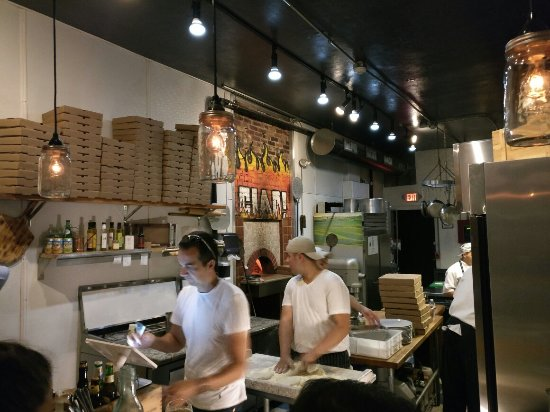 Chelsea, MA: Ciao Pizza and Pasta