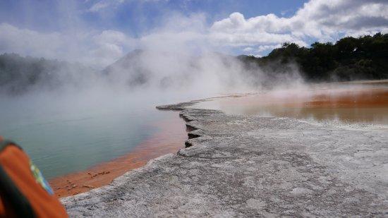Wai-O-Tapu Thermal Wonderland: Champagne pool
