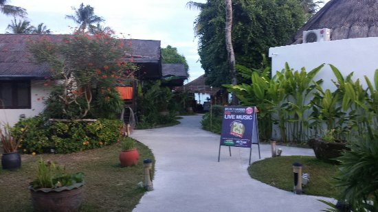 Secret Garden Beach Resort: 20160917_061225_large.jpg