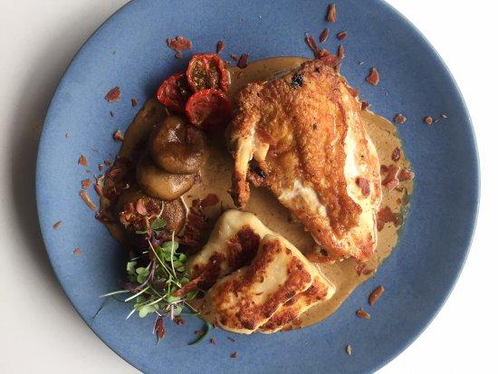 East Maitland, Australia: Chicken Supreme with gnocchi & porcini cream