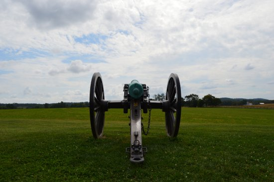 Frederick, MD: Cannon by the visitor's center.