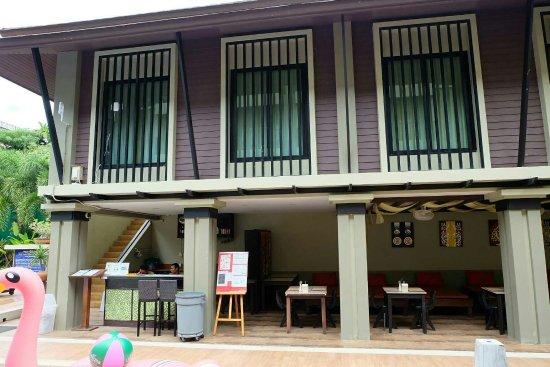 Ananta Burin Resort: oao6rile9VzLn9GYA26-o_large.jpg