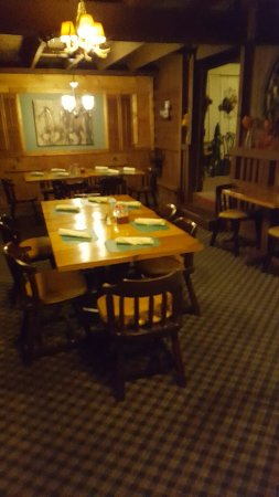 Mercer, PA: 1866 Restaurant & Taproom