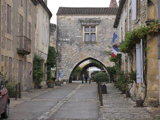La Bastide de Monpazier, es un lugar que hay que ver, todo el pueblo es encantador