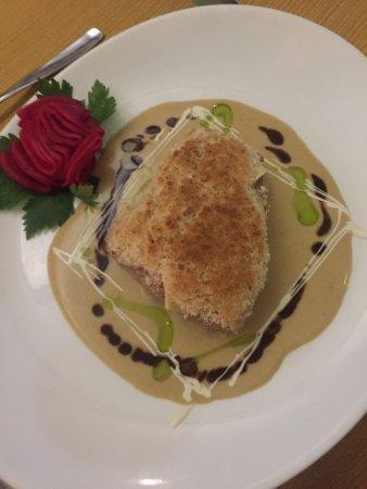 Le Bateau Ivre: Fabulous food, wonderful presentation!!! Ambient ok!