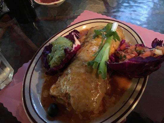 Vista, Californien: La Paloma Restaurant