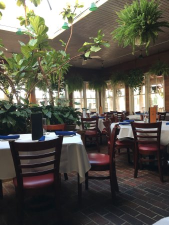 Buckalew's Restaurant & Tavern: photo0.jpg
