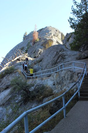 Three Rivers, Kalifornia: Hike up Moro Rock