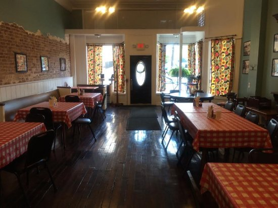 Jackson, KY: The dining room in former pharmacy