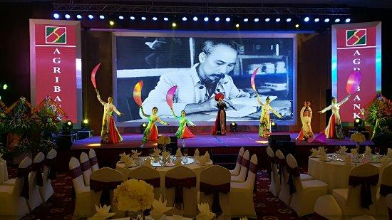 Lao Cai, Vietnam: Những sự kiện quy mô và biểu diễn nghệ thuật