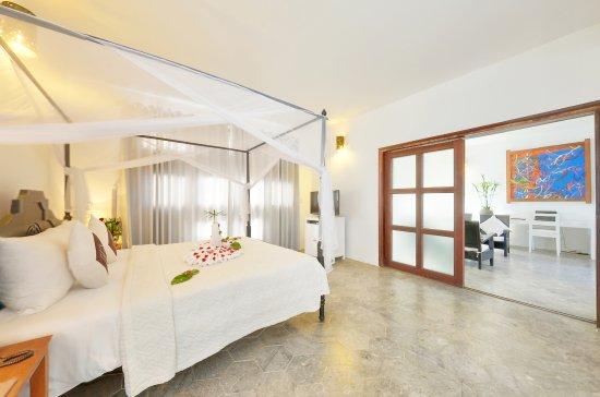 โรงแรมเอนเชินท์เฮ้าส์: Hoi An Ancient House Resort & Spa