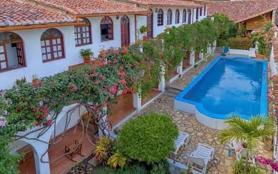 Hotel La Posada del Sol: vista aerea piscina