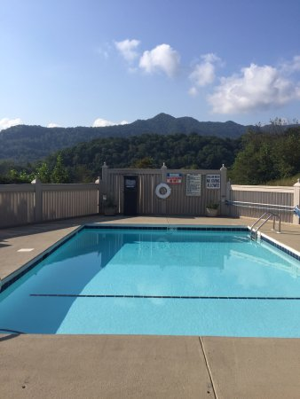Waynesville, Carolina del Norte: Swimming Pool With Great Views
