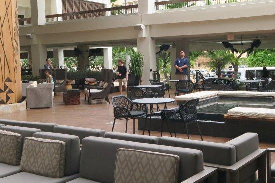 Waikiki Beach Marriott Resort & Spa: sppazio soggiorno