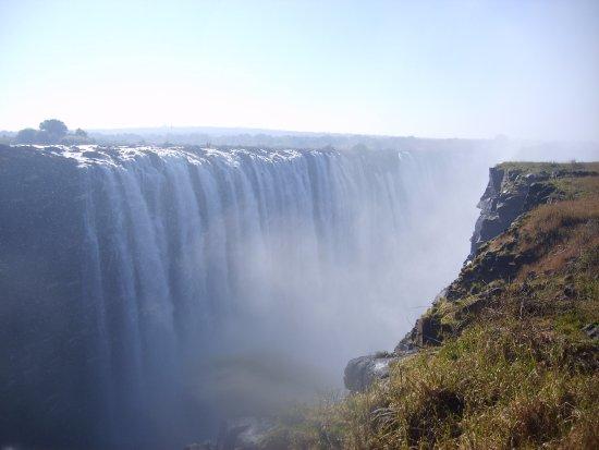 The Victoria Falls Hotel: Victoria Falls nearby to hotel