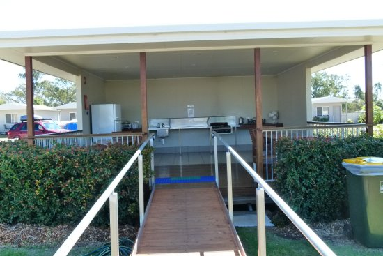 Chinchilla, Australia: Camp Kitchen, with wheelchair access