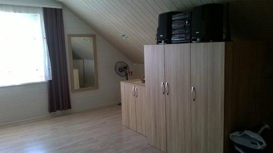 Raudone, Lituanie : Wohn und Schlafzimmer