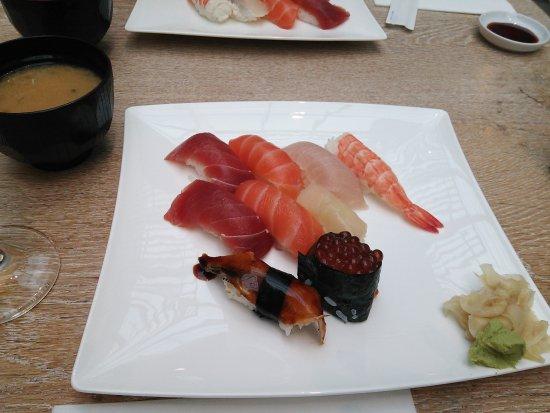 Kikaku: お寿司のセット