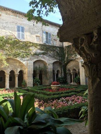 Saint-Remy-de-Provence, Frankrike: photo1.jpg