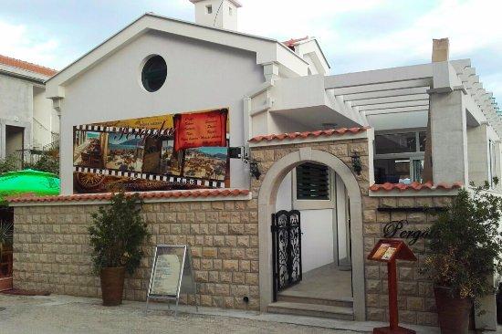 Igalo, Montenegro: Pergola restaurant
