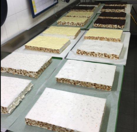 Il Forno Ossolano: la produzione del torrone morbido
