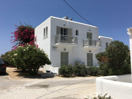 Despina's Rooms & Apartments : vue de la maison