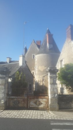 Chateau Genille