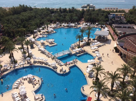 Großer Pool großer pool picture of delphin palace hotel antalya tripadvisor