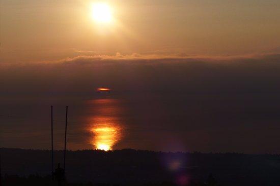 La Foresta del Salto del Corvo: ogni alba uno spettacolo...