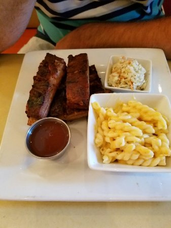 rooster s southern kitchen log cabin spareribs with mac cheese