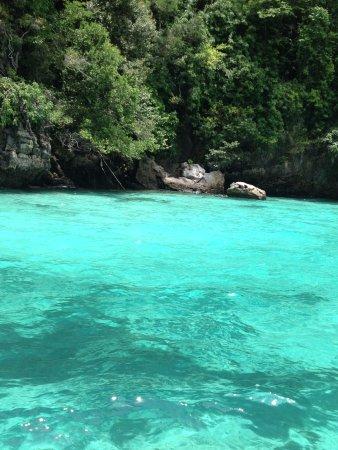 Phuket (Stadt), Thailand: Stunning blue water