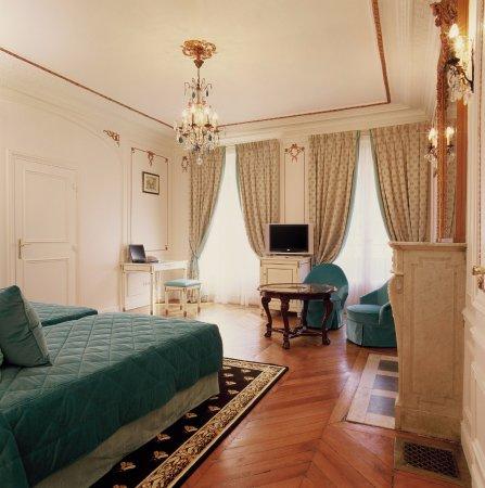 Hotel de Latour Maubourg: Privilege n°2