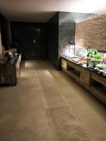 Huizhou, China: The (poorly stocked) Clug Lounge