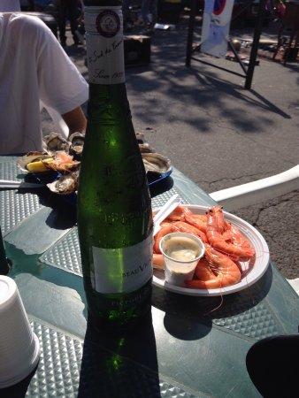 Villeneuve-les-Avignon, France: Seafood and white wine.
