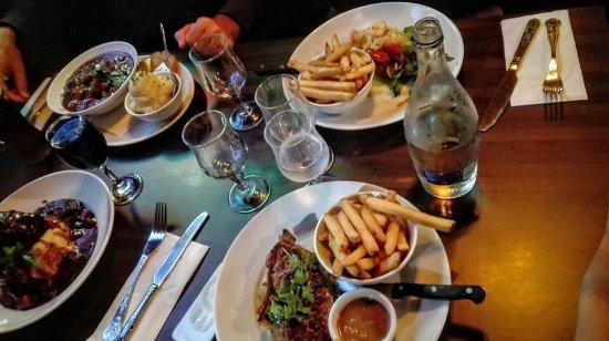 The Quays Irish Restaurant Dinner In Dublin