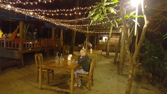Freedomland Phu Quoc Resort: 20160920_195508_large.jpg