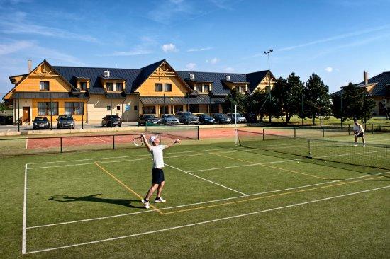 Pezinok, Slovakia: Tennis Court
