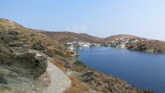 Sifnos, Grecia: Το μονοπάτι για Βλυχό