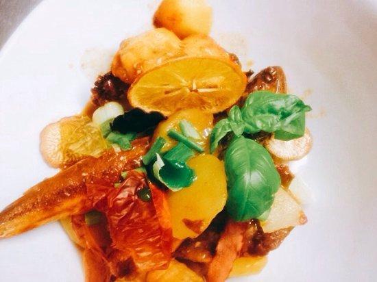 Velleron, Francia: Quelques plats de l'Auberge du marché