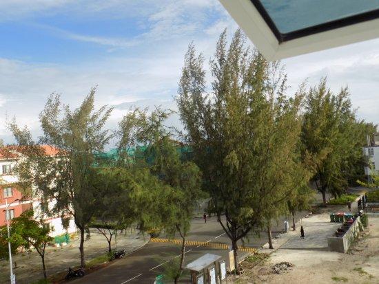 呼魯馬勒島照片