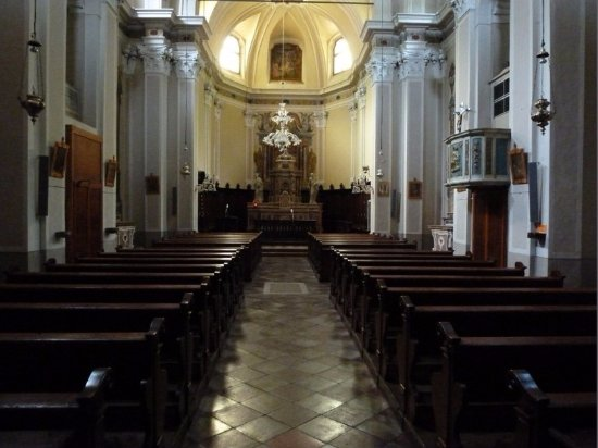 Condino, Italie :  Chiesa di San Michele Arcangelo...