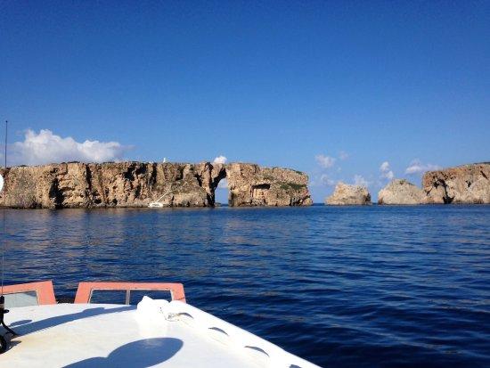 Karalis Beach: boat trip from pylos