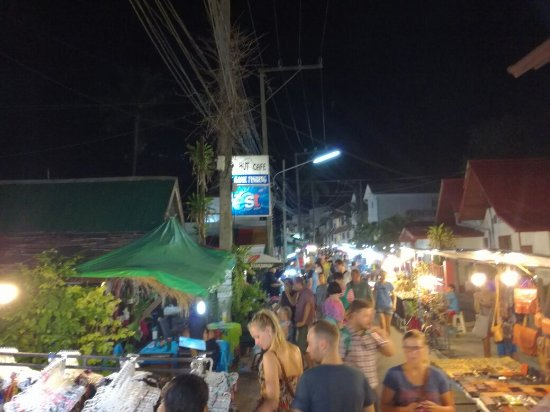 Bophut, Tailandia: IMG_20160923_192021_large.jpg