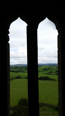 Roscrea, Irland: A view from the window of the countryside O'Bannions fought over