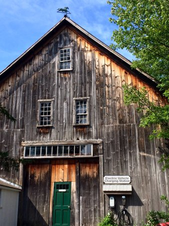 Colby Hill Inn: Our barn dates back to the 1820s