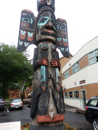 Chief Johnson Totem Pole: Replica Cheif Johnson Totem Pole