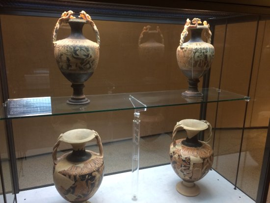 Museo Claudio Faina: Some of the Etruscan amphorae on display