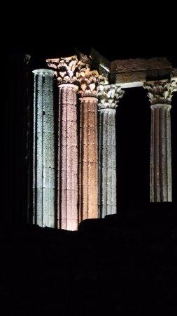 Templo Romano de Évora (Templo de Diana) 사진