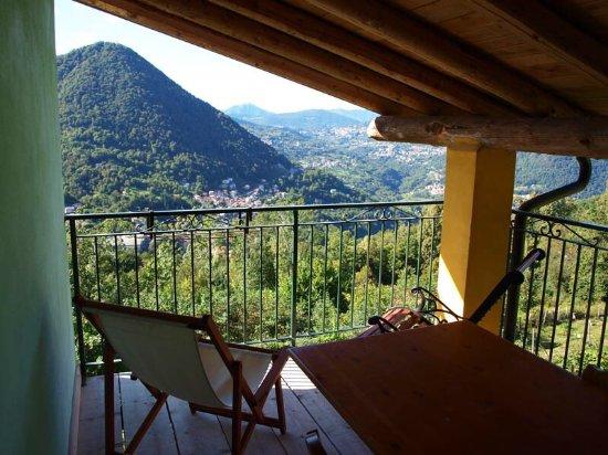 Schignano, Italia: photo2.jpg