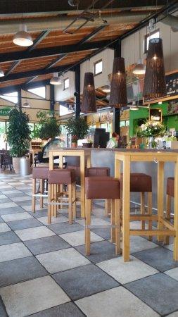 Quickborn, Tyskland: Schön eingerichtet